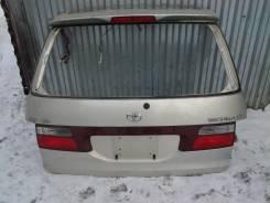 Дверь багажника. Toyota Estima