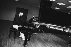 Пианист. Средне-специальное образование, опыт работы 3 года