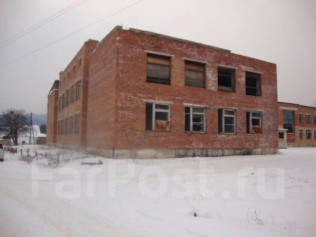 Продается не жилое здание 3512,5 кв. м с земельным участком 4214 кв,. Ул. Братьев Форостян 10, р-н Кавалерово, 3 512кв.м.