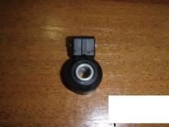 Датчик детонации. Nissan Bluebird Sylphy, QG10 Двигатели: QG15DE, QG18DE