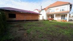 Новый дом в жилом районе Мысхако с евроремонтом. Голицына 15, р-н Южный, площадь дома 300 кв.м., скважина, электричество 15 кВт, отопление централизо...