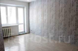 2-комнатная, улица Уткинская 3. 9 км, частное лицо, 45 кв.м. Вид из окна днём