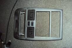 Консоль центральная. Toyota Caldina, ST215