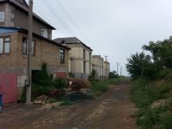 """Продам участок 5 сот на 7 км. Балаклавского шоссе в СТ """"Родник"""". 500 кв.м., собственность, электричество, вода, от агентства недвижимости (посредник)"""