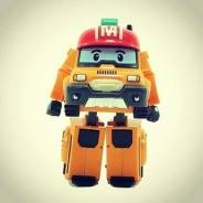 Роботы, трансформеры.