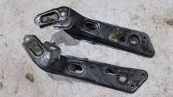 Крепление рычага подвески. Nissan Laurel, GC35, GNC35, HC35, SC35, GCC35