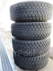 Отличные зимние Dunlop SJ5 295/75/16 на оригинальной ковке Berg 0/8/16. 8.0x16 6x139.70 ET0