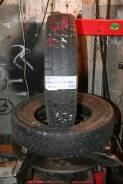 Yokohama SY900. Зимние, без шипов, 2003 год, износ: 30%, 2 шт