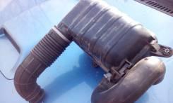 Патрубок воздухозаборника. Suzuki Jimny, JB23W Двигатель K6A