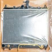 Радиатор охлаждения двигателя. Hyundai Getz