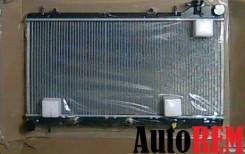 Радиатор охлаждения двигателя. Subaru Forester Subaru Impreza