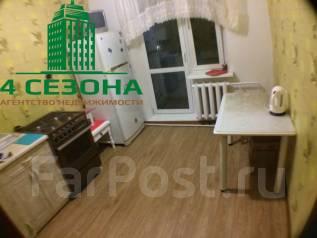 2-комнатная, улица Вострецова 10в. Столетие, агентство, 55 кв.м.