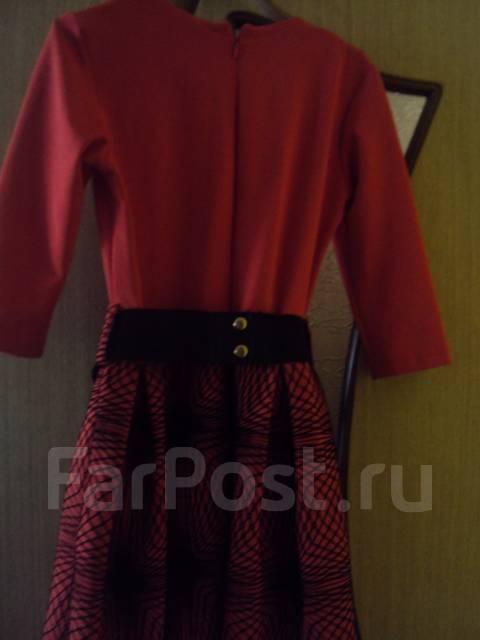 Платье красное рост 146