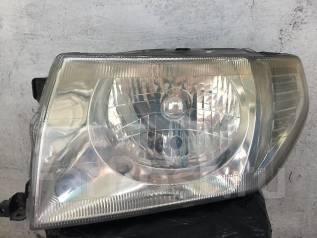 Фара. Mitsubishi Pajero iO, H76W, H62W