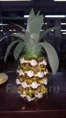 Оригинальный подарок ананас из конфет
