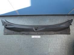 Решетка под дворники. Nissan Mistral, R20, KR20 Двигатели: TD27T, TD27TI