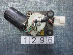 Мотор стеклоочистителя. Nissan Mistral, R20, KR20 Двигатели: TD27T, TD27TI