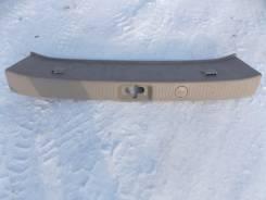 Панель замка багажника. Toyota Gaia, SXM10, SXM15G, SXM10G, SXM15