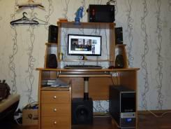 Продам компьютер со всеми принадлежностями и столом