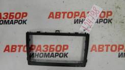 Рамка магнитолы Toyota Avensis (T270)