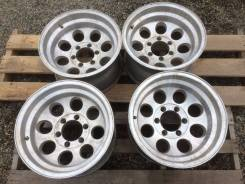 Mickey Thompson. 9.0x16, 6x139.70, ET-50