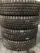Dunlop SP LT 02. Зимние, без шипов, 2011 год, износ: 5%, 1 шт
