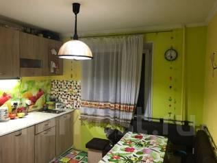 2-комнатная, улица Абеля 27. агентство, 56 кв.м.