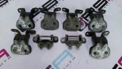 Крепление боковой двери. Subaru Forester, SG5, SG9, SG9L
