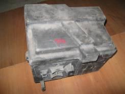 Крепление аккумулятора Peugeot 406