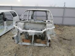 Рамка радиатора. Honda HR-V
