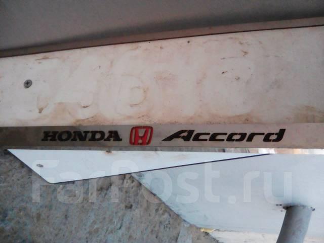 Рамка для крепления номера. Honda Accord, AC, AD, SY, SZ Двигатели: EK, EP, ES, EY