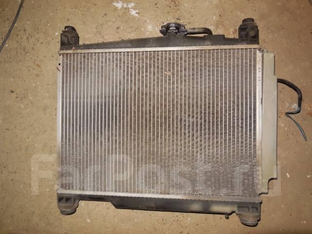 Радиатор охлаждения двигателя. Toyota Yaris, SCP10 Toyota Platz, SCP11 Toyota Vitz, SCP10 Toyota Echo, SCP10 Двигатель 1SZFE