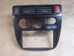 Консоль панели приборов. Honda HR-V