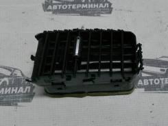 Дефлектор в торпедо центральный левый Mitsubishi Lancer X