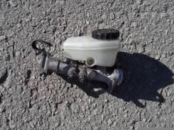 Цилиндр главный тормозной. Toyota Crown, JZS143