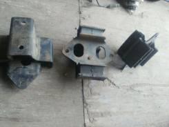 Подушка коробки передач. Mitsubishi Pajero, V46W, V26WG, V46WG, V26W Двигатель 4M40