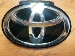 Эмблема решетки. Toyota Land Cruiser, URJ202, GRJ200, UZJ200, UZJ200W, URJ200, URJ202W, VDJ200, J200