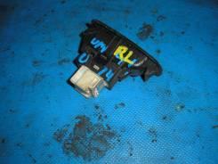 Кнопка стеклоподъемника. Nissan Bluebird, ENU14, EU14