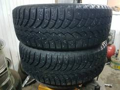 Bridgestone Blizzak Spike-01. Зимние, шипованные, 2014 год, износ: 20%, 2 шт