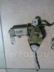 Мотор стеклоочистителя. Toyota Hiace, RZH155, LH102, LH112, LH104, LH114, RZH119, RZH105, RZH103, RZH125, RZH115, RZH113, LH105, LH113, LH115, LH103...