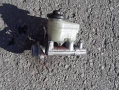 Цилиндр главный тормозной. Toyota Camry, SV40