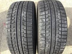 Bridgestone Blizzak Revo2. Зимние, без шипов, 2013 год, износ: 5%, 2 шт