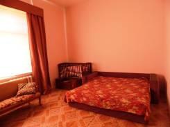 1-комнатная, улица Светланская 7. Центр, частное лицо, 44 кв.м. Комната