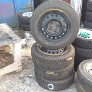 Bridgestone ST30. Зимние, без шипов, 2012 год, износ: 5%, 4 шт