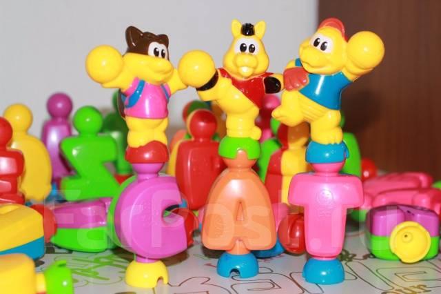 Развивающие игрушки - английский алфавит