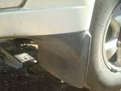 Брызговик задний Toyota LAND CRUISER