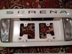 Накладка на дверь багажника. Nissan Serena