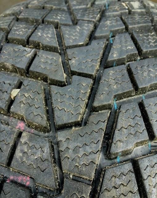 Bridgestone Dueler. Зимние, без шипов, износ: 10%, 2 шт