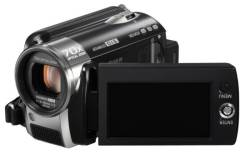 Panasonic SDR-H81. Менее 4-х Мп, без объектива