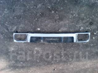 Решетка радиатора. Toyota Hilux Surf Toyota Hilux Pick Up